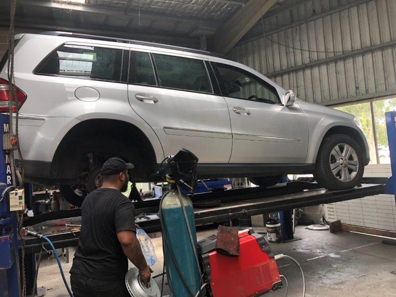 tyre & wheel service